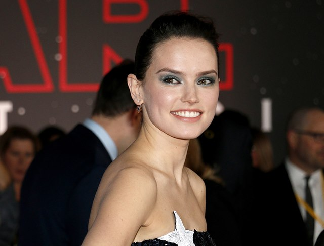 Star-Wars-The-Last-Jedi-Weltpremiere-Daisy-Ridley-2