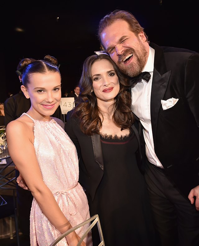 SAG-Awards-2018-Millie-Bobby-Brown-Winona-Ryder-David-Harbour
