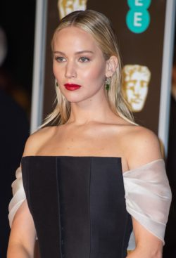 BAFTA-Awards-2018-9-250x367
